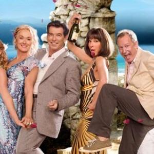 Ágymoziban is látható a a Mamma Mia 2. része! Jegyek itt!